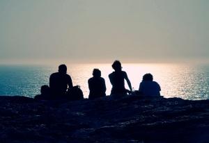 amigos-verdaderos-unidos-playa-imagenes